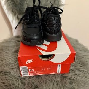 Black Nike Air Max for toddlers